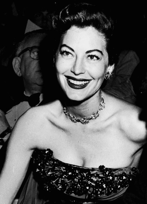 172 best images about Hollywood Golden Era on Pinterest ... Ava Gardner 1989