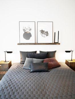 Z-Huset i Aarhus   Bent Hansen #NO.9cushions #puder #velour #velvet #cushions #soveværelse