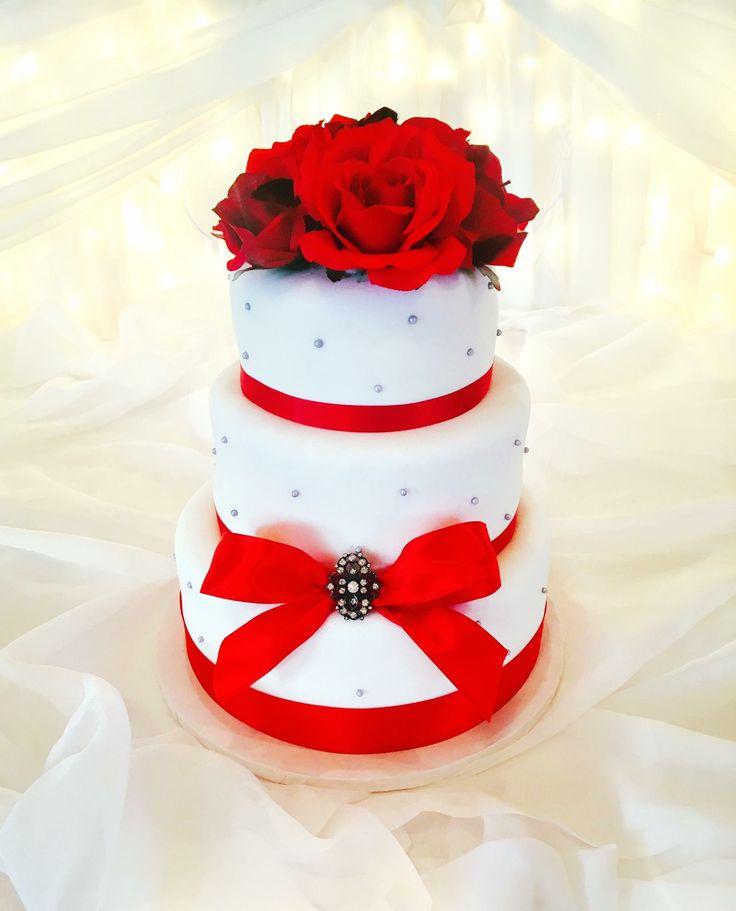 Elegant #WeddingCake for a bride who loved #Red #DvasCakes #Cambridge