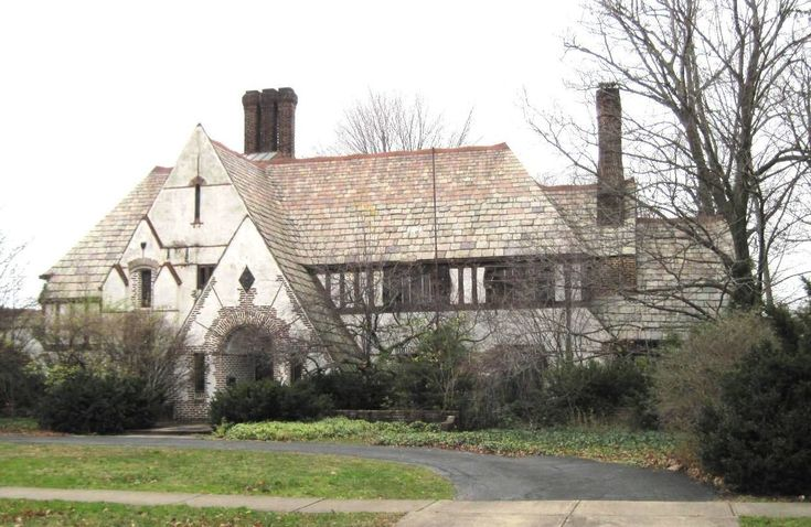 David R. Jones Residence, 10416 Lake Avenue, Cleveland, Ohio, built 1922, BLOODGOOD TUTTLE, architect  |  published in Architect Magazine, May,. 1926