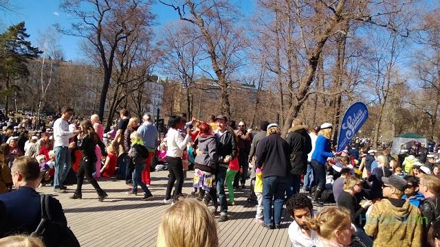 salsa sounds and dancing @Vappu Kärkkäinen 2013