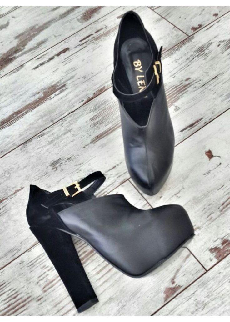 www.bylena.com.tr  KALIN TOPUK PLATFORM PARÇALI SİYAH SÜET-DERİ  #shoes #ayakkabı #bot #bootie #alışveriş #kalıntopuk #bylena #fashion #moda #kadın #giyim #aksesuar