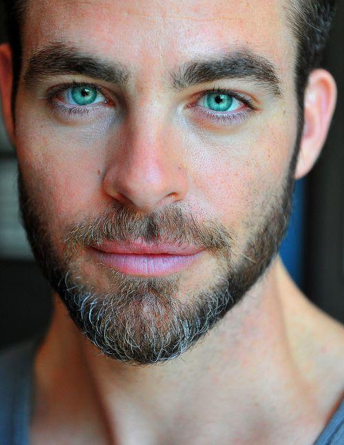 Chris Pine - #beard those eyes are magical
