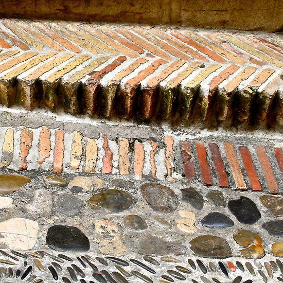 Pavement - St Paul-de-Vence