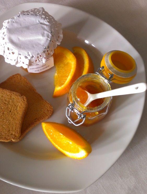 CON MELA La ricetta della marmellata di arance senza buccia è una variant