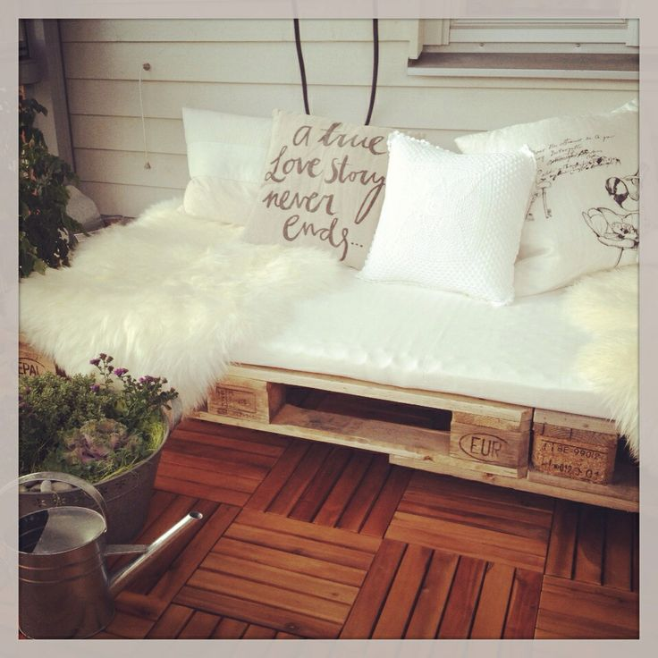 DIY daybed