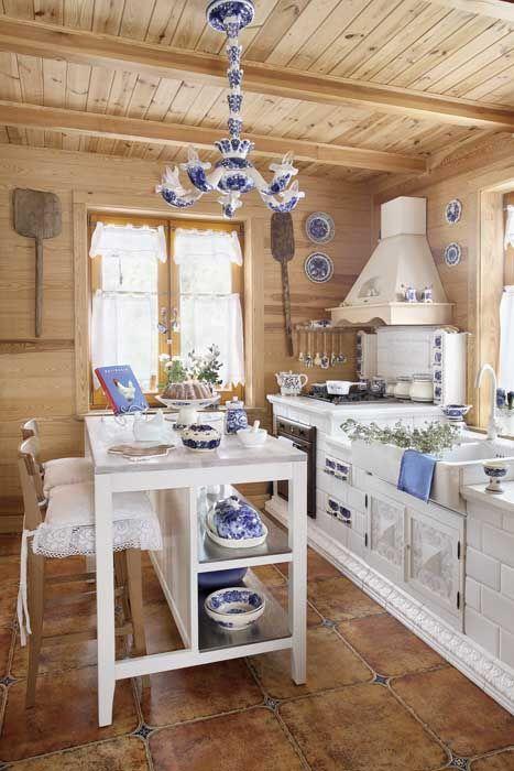Una casa Llena de inspiración populares - casa en Mazovia - Porch Country