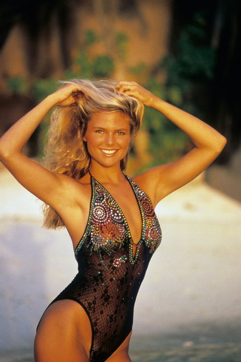 Christie Brinkley's Most Iconic Sports Illustrated Swimsuit Photos   People
