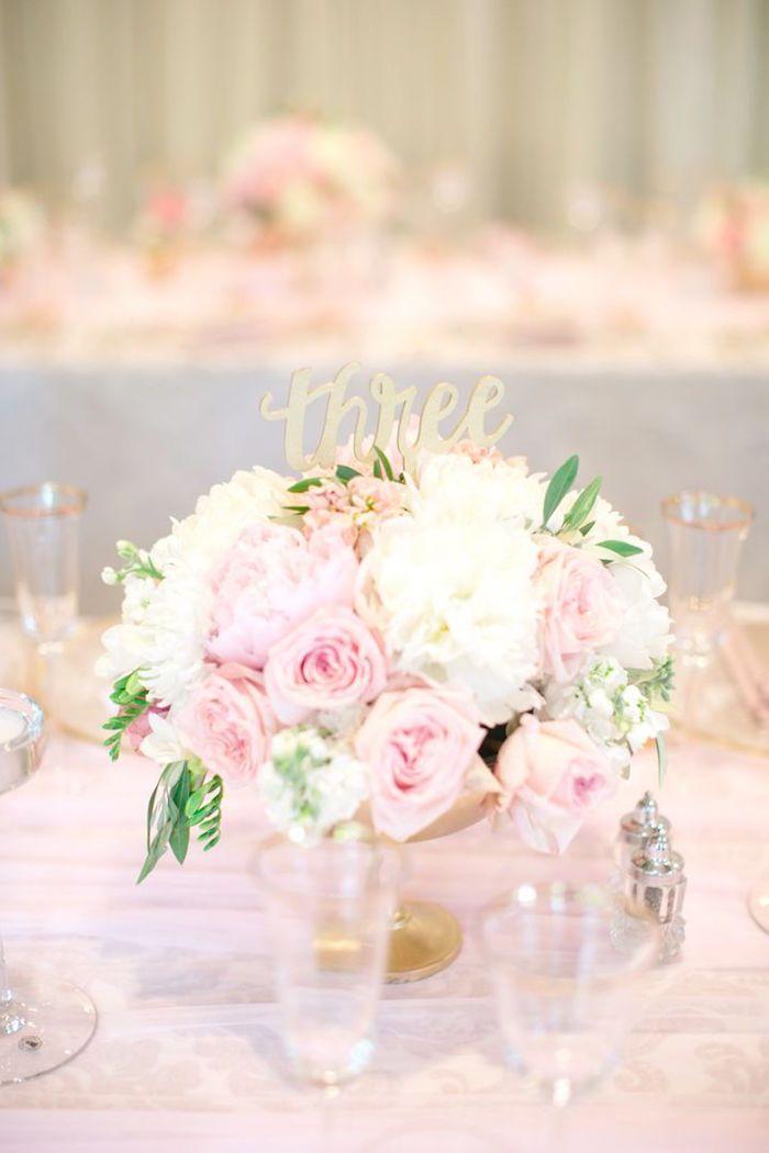 Glamorous wedding centerpiece idea; photo: Hannah Suh Photography