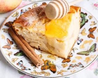 Flan alsacien aux pommes et miel : http://www.fourchette-et-bikini.fr/recettes/recettes-minceur/flan-alsacien-aux-pommes-et-miel.html