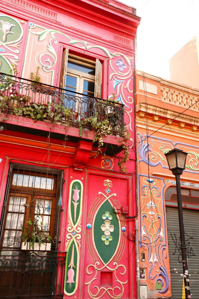 via Cherry Blossom Girl and chicfeed (La Boca)