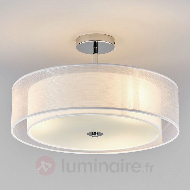 Plafonnier LED Pikka avec abat-jour blanc 157€ (chambre)