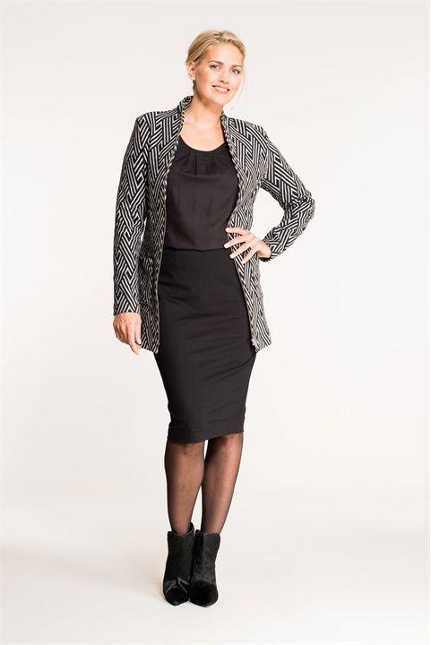 Geslaagd zwart-wit outfit van Miss Etam