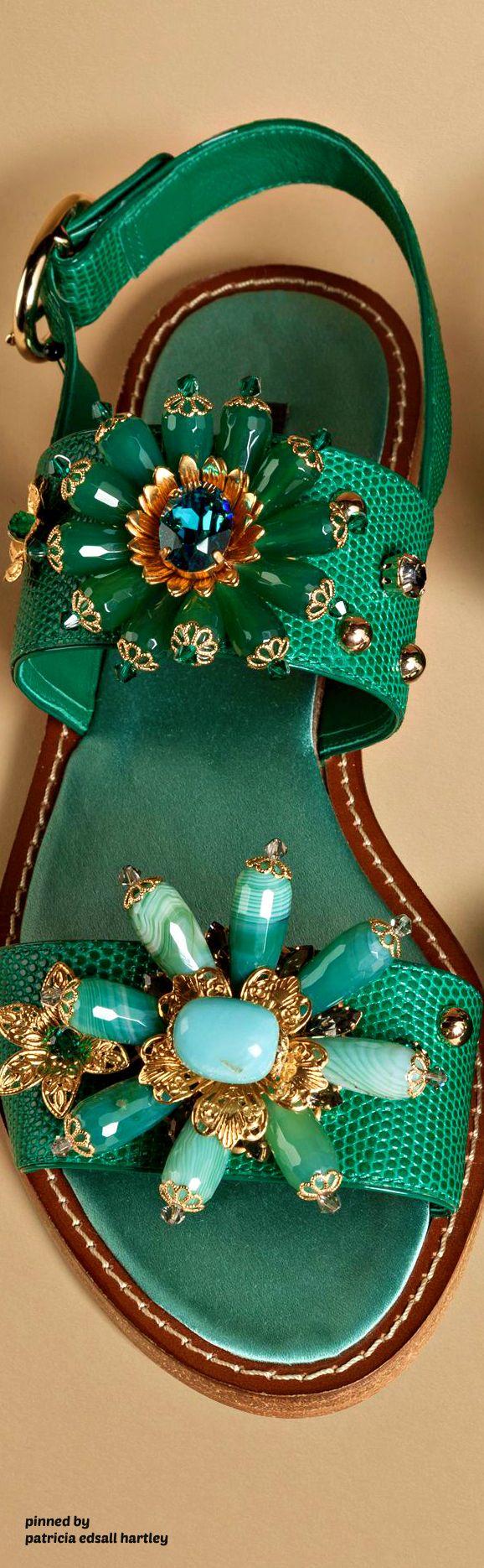 Glorious green candles - Dolce & Gabbana 2016