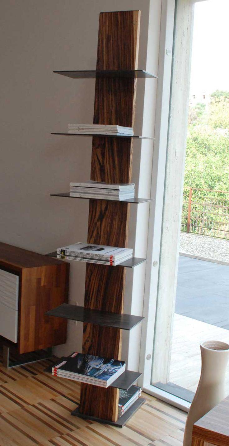 Mobili fatti a mano in legno pregiato e in bambù, dal design esclusivo e personalizzabile anche nella funzionalità.