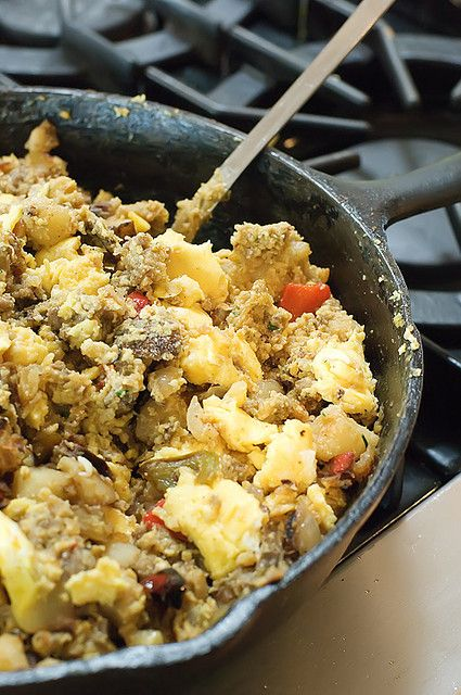 Pioneer Woman's Breakfast Burritos- Make ahead, freeze, and reheat for breakfast on the go
