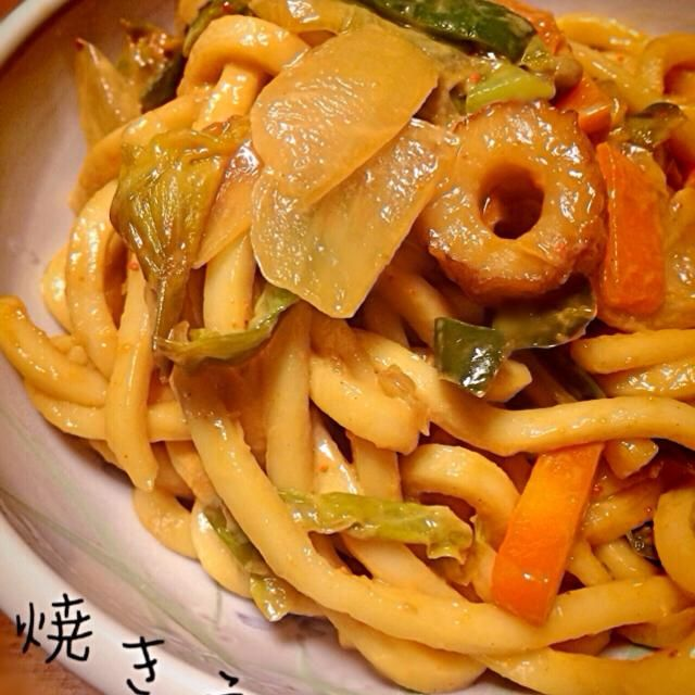 簡単に焼きうどんが出来ました〜! 美味しかったのでまた作ります♡ 家族からも好評でした( ˭̵̵̵̵͈́◡ु͂˭̵̵̵͈̀ )ˉ̞̭♡ - 8件のもぐもぐ - ぶーさんの料理 うどん焼き 関西アタシ味! by aya33313