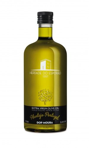 Esporao Extra Olive Oil has its origins in the Alentejo and is produced by one of the finest wine producers (Quinta do Esporão) in Portugal.
