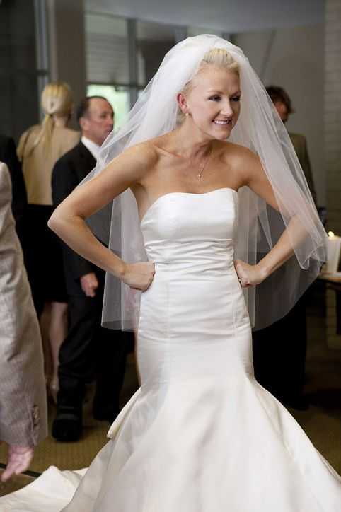 1-heidi-elnora-bride-by-design-wedding-dresses-wedding-gowns-0326-angela-karen-photography
