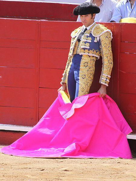 pretty in pink/cayetano rivera | Tumblr/quiero un traje de luz !