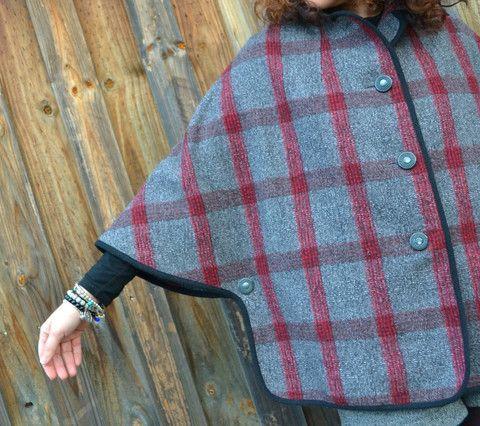 New York Cape Pattern - Patterns - Tessuti Fabrics - Online Fabric Store - Cotton, Linen, Silk, Bridal & more