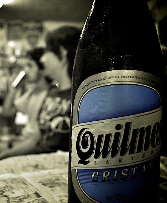 Drinking a Quilmes beer (Bebiendo una cerveza Quilmes) | CABA | Argentina