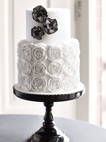 Ribbon roses and rosettes cake from my 'Elegant Lace Cakes' book.