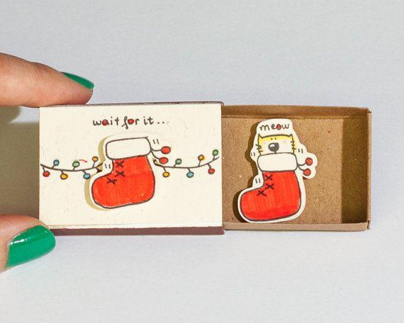 Funny Cat carte de Noël/bas de carte de Noël/drôle chat carte/Kitty nouvel an carte Matchbox/petit cadeau de vacances boîte/attendez qu'il... Ministère/CM043