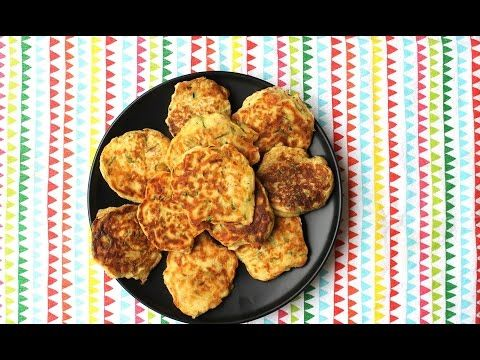 How to make ham and zucchini pikelets - Kidspot