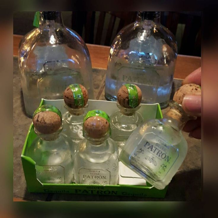 Tell me this aren't perfect party favors. .. #patron @patron #tequila #margarita #shots #cool #party #partyfavors #gift #drinks #alcohol #liquor #turnup #food #green by six8bartends