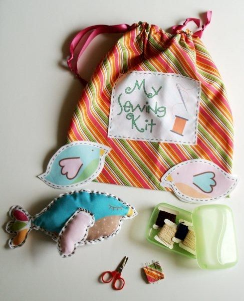 Little Sewing Kit with bird, dog and pig patterns for sewing - this is a great gift for little ones!