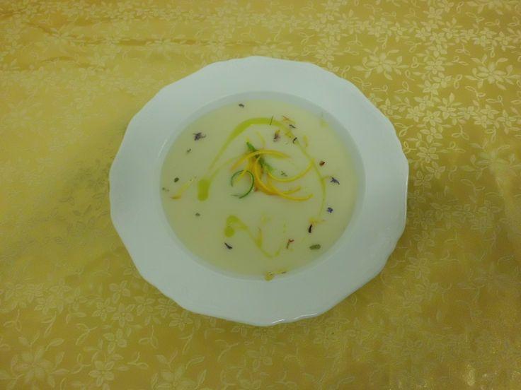 Per i nostri ospiti che si vogliono tenere leggeri ci sarà sempre una zuppa o vellutata nel nostro Menù