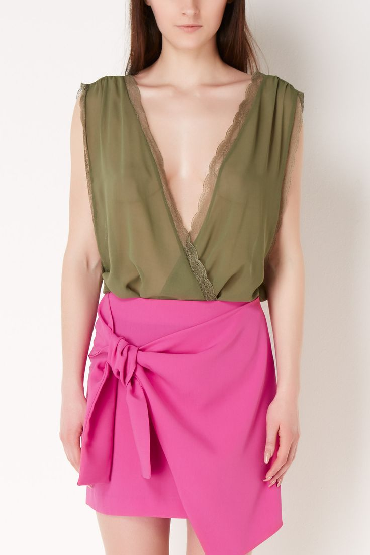 ¿Sabes que en la boutique Maribel Fernández puedes comprar este body de Almagores? ¡Pincha en la imagen y accede a nuestra tienda!