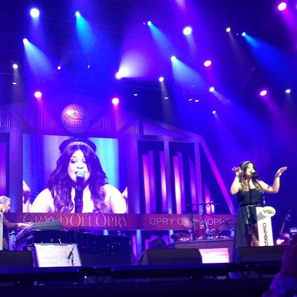 """Lauren Alaina performed at the Grand Ole Opry, during her time there Grand Ole Opry tweets: @Orpy """"Miss @Lauren_Alaina was a bit under the TN weather, but she coulda fooled us! Sang beautifully as always! #Opry"""" pic.twitter.com/vZSXKihB2l"""