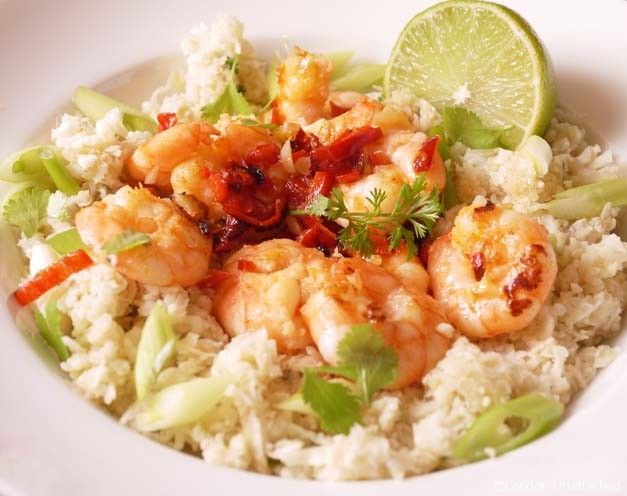 5-2 diet Coriander and lime Cauliflower rice with Garlic Chilli Prawns