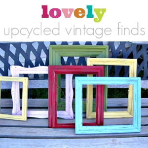 'recycled' picture frames: Paintings Frames, Kids Artwork, Vintage Frames, Old Frames, Upcycled Vintage, Color Frames, Distressed Frames, Pictures Frames, Cute Frames