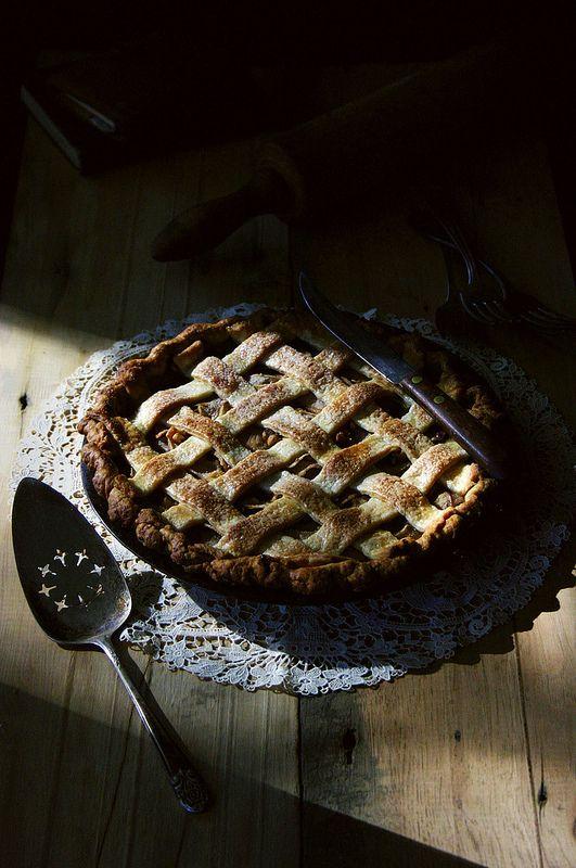 pear, gorgonzola, and walnut pie