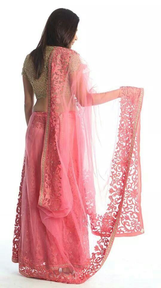 Pink & Gold Lehenga #lehenga #choli #indian #hp #shaadi #bridal #fashion #style #desi #designer #blouse #wedding #gorgeous #beautiful