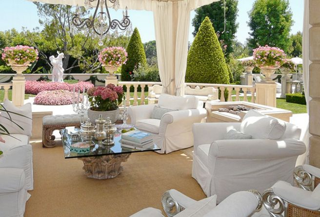 luxurious outdoor setting