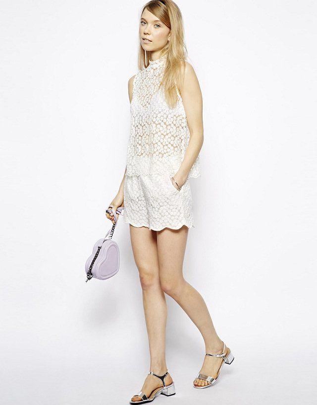 White Sumflower Lace Wave Brim Cotton Shorts
