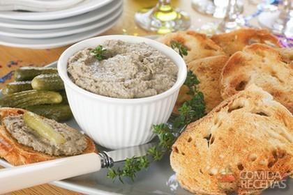 Receita de Patê de sardinha em lata em receitas de molhos e cremes, veja essa e outras receitas aqui!