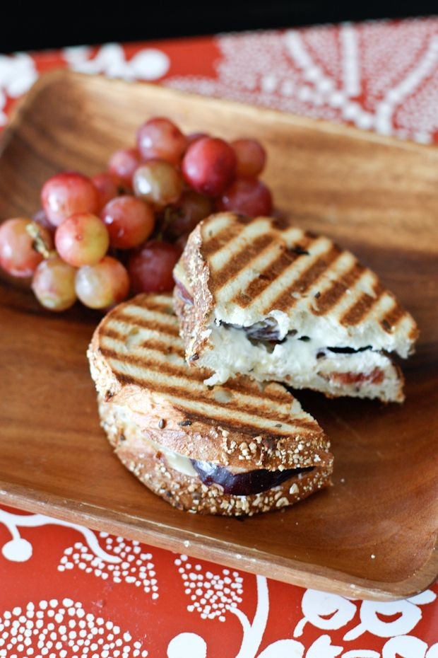 Fig, Goat Cheese, Honey, and Almond Panini-Goat cheese lovers, this is the panini for you.