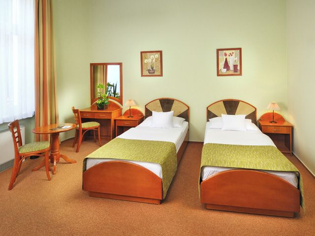 Baross City Hotel www.barosshotel.hu