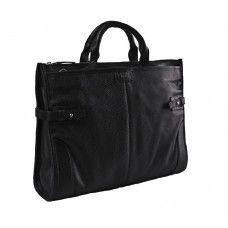 Pine Black. Pine Black – это универсальный портфель, который великолепно подойдет приверженцам как делового, так и повседневного стиля. Пусть он не такой строгий, как мужской портфель Пайн из гладкой кожи, но если вы не носите деловых костюмов – это идеальная сумка для вас! Чтобы вы ни надели на ноги – кеды, кроссовки или лоуферы – сумка отлично подходит к любой обуви и будет дополнять ее.