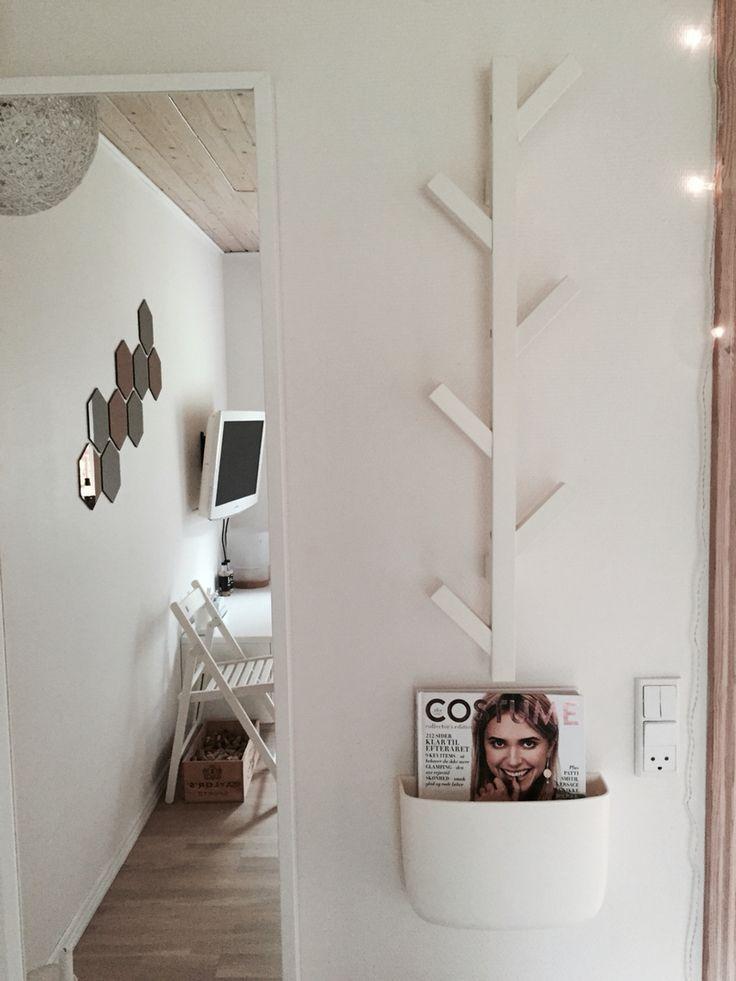 Et lille udklip af mit hvide værelse. Er pjattet med den hvide baggrund, så man kan lege med alle de andre ting der skal fylde..  #NormannCPH #NormannCopenhagen #IKEA