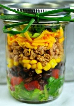 Taco Mason Jar Salad ... awesome lunch idea! Great to make from leftovers.