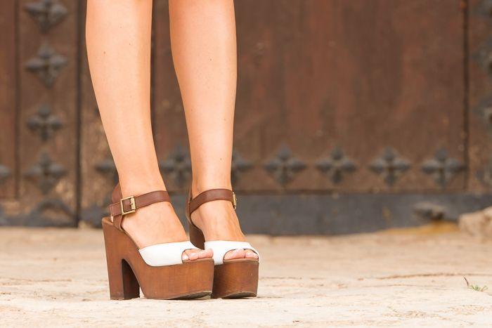 17 mejores ideas sobre sandalias con flecos en pinterest - Tocones de madera ...