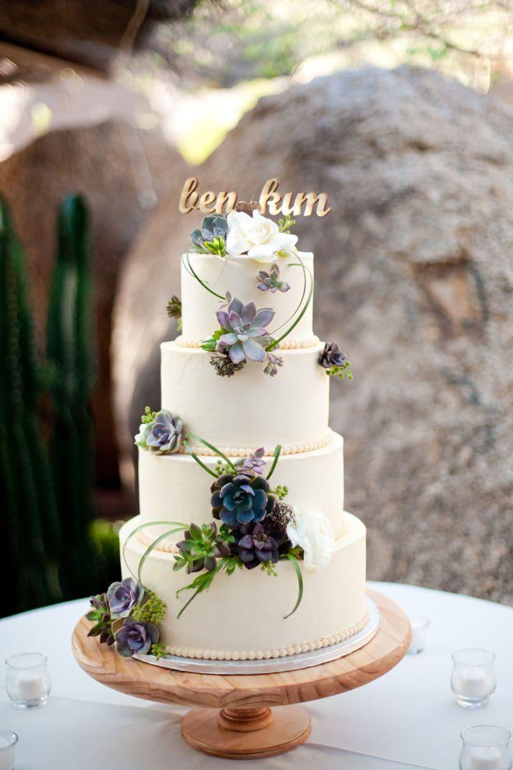 Simple yet gorgeous succulent wedding cake | #succulent #wedding #weddingtrends2014