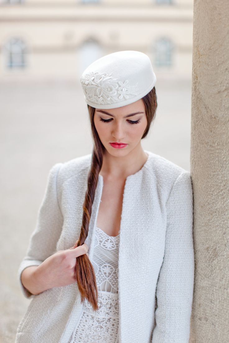 Vintage chic wool hat for winter wedding or vintage inspired bride. The hat completely handmade by me with blocked buckram base, covered with quality Scottish wool fabric and trimmed with the lace in matching colour. Lined in silk.