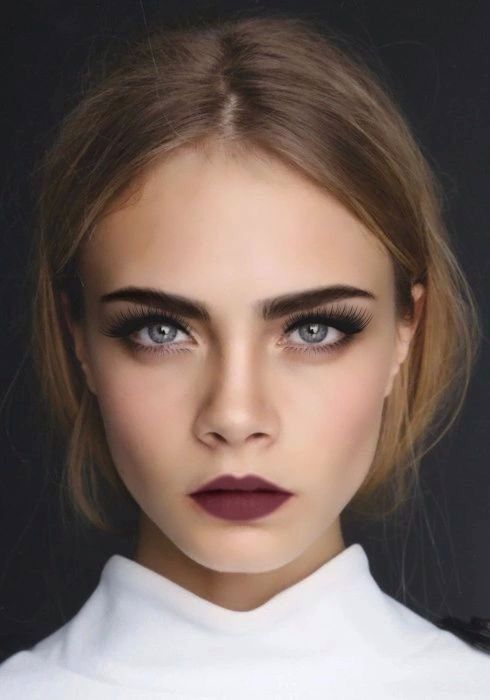 This make up would photograph beautifully! I love the matte lipstick